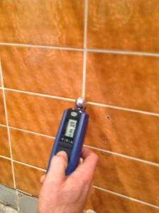 Leckageortung gegen Wasserschäden und Schimmelbefall bei KARO Systembau NRW